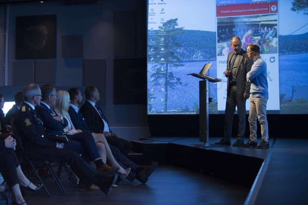 Presentasjon for Kronprinsparet